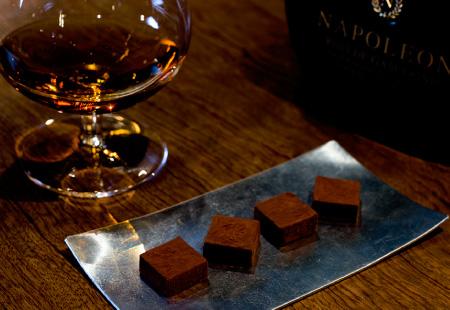 生チョコレートとアルマニャックのストレート