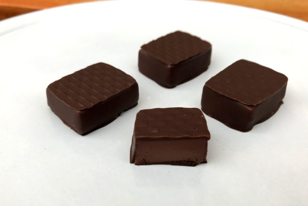 洋梨のボンボンショコラ