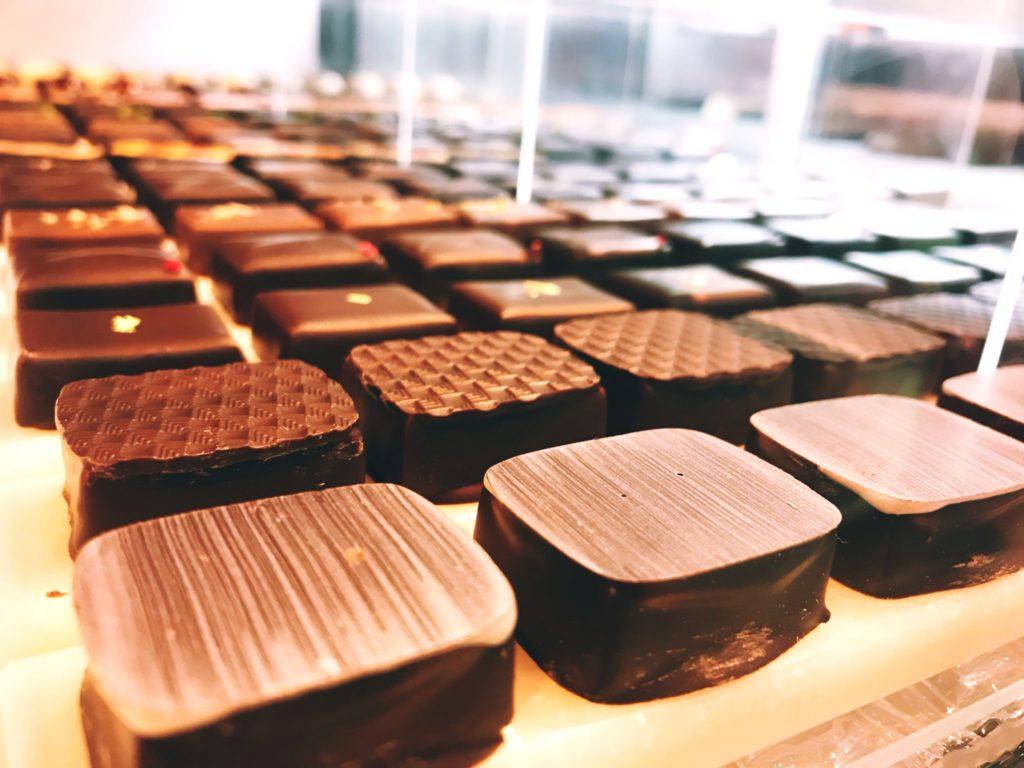 ボンボンショコラ 大阪 チョコレート専門店