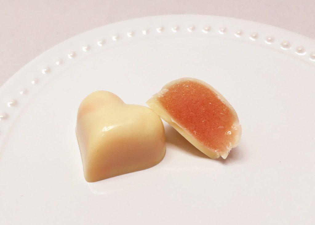 ボンボンショコラ 桃のパートドフリュイ